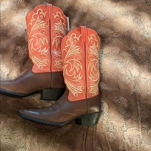 Ariat woman's Heritage boots size 7B